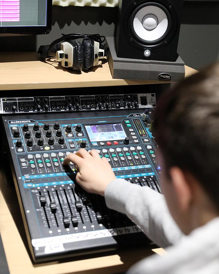 Riverside sound mixer